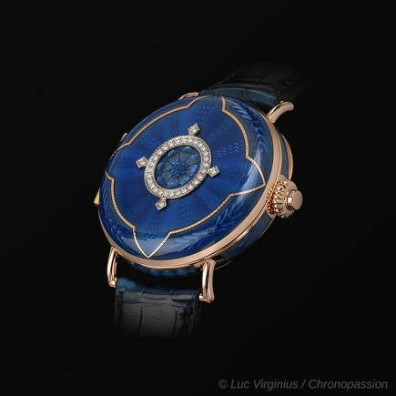 H Moser & Cie - LE PERPETUAL CALENDAR HERITAGE H.Moser & Cie