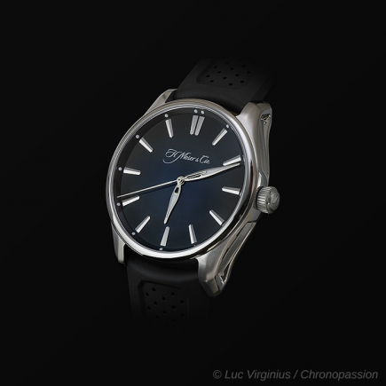 H Moser & Cie - H.Moser & Cie, PIONEER SECONDE CENTRALE  AUTOMATIQUE  3200-1200