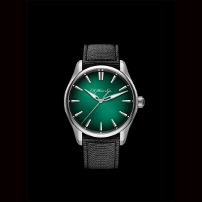 H Moser & Cie - H. MOSER & CIE : Pioneer Centre Seconds Cosmic Green 3200 - 1202