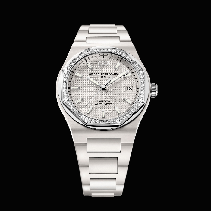 girard perregaux - LAUREATO 38MM CERAMIC DIAMONDS
